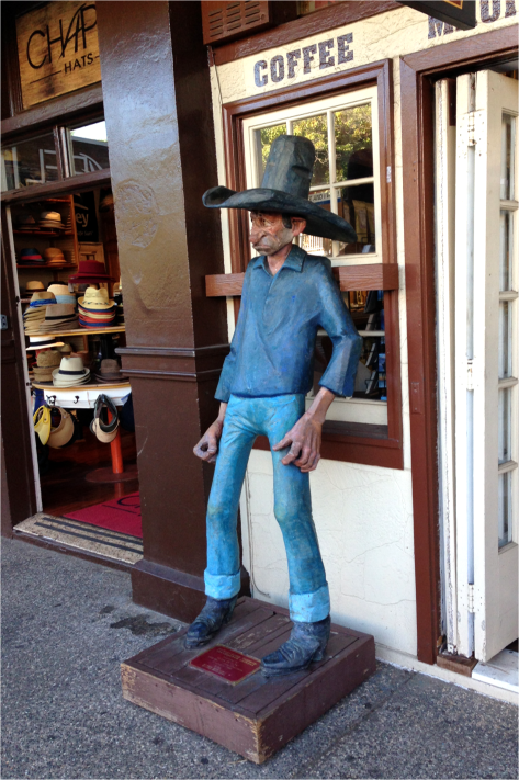 B - Cowboy Maui Hawaii - Photo G-Paz-y-Mino-C 2015