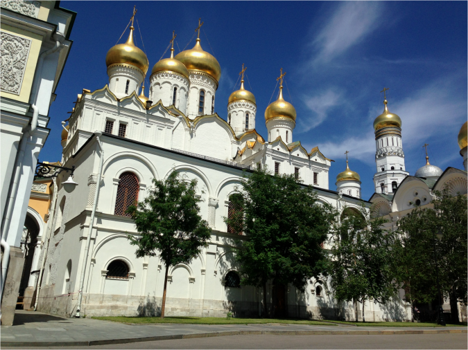 Annunciation Cathedral side-view Kremlin Moscow - Photo G-Paz-y-Mino-C 2016