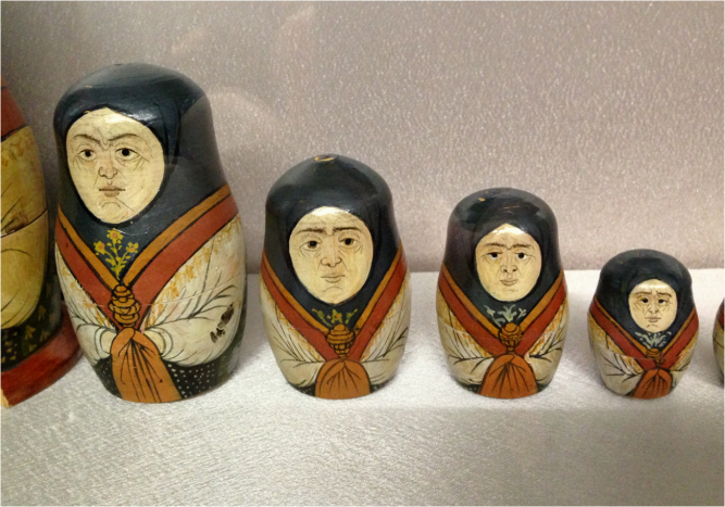 Matryoshkas from the 1920s Trinity Church Vladimir - Photo G-Paz-y-Mino-C 2016
