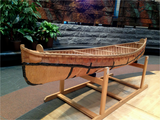 OJIBWE Birch Bark Canoe National Museum of the American Indian - Photo G-Paz-y-Mino-C 2016