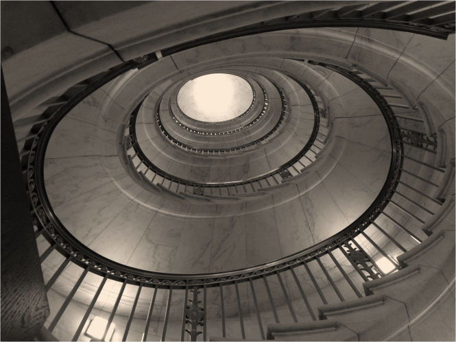 The famous staircase at the US Supreme Court - Photo G-Paz-y-Mino-C 2016