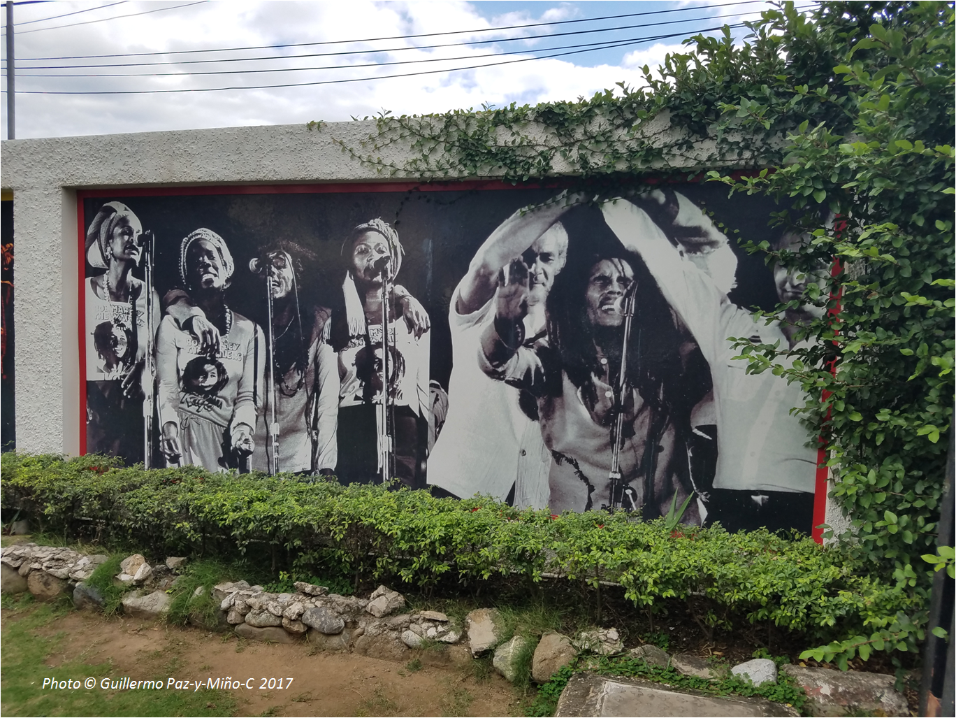 Images of an island culture and people s hopes jamaica for Bob marley mural